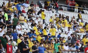 São Paulo libera volta do público a estádios de futebol