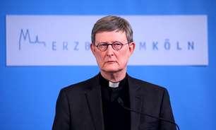 """Arcebispo alemão fará """"repouso espiritual"""" após escândalo de abuso, diz Vaticano"""