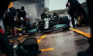 Mercedes faz o que se espera e lidera na Rússia. Mas clima é faca de dois gumes