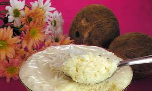 Mousse de cocada mole com pedaços