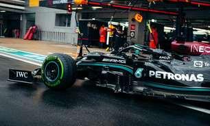 Mercedes perde chance em erro de Hamilton, mas nem tudo está acabado na Rússia