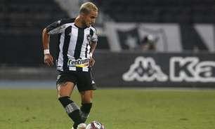 Rafael exalta felicidade com estreia no Botafogo: 'Parecia uma criança'