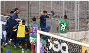 Perfil do CSA chama jogadores do Cruzeiro de 'descontrolados' após briga depois da partida em BH