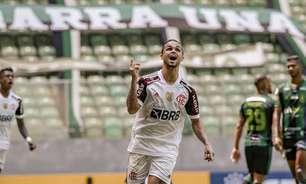 Michael, autor do gol do Flamengo, lamenta empate com América-MG, mas destaca: 'Batalhamos muito'