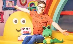 Conheça o primeiro apresentador de programa infantil com Síndrome de Down