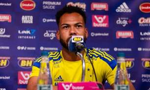 Claudinho diz que time precisa ficar 'ligado' os 90 minutos para evitar derrotas do time nos jogos