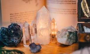 Como limpar e energizar cristais: aprenda com o manual da purificação