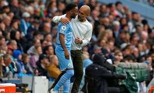 Guardiola comenta sobre futuro de Sterling: 'Ele tem que tomar a melhor decisão'