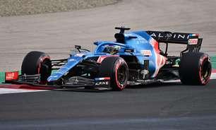 """Alonso diz que Russell e Verstappen """"são os dois pilotos especiais"""" do grid da Fórmula 1"""