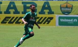 Clayson, do Cuiabá, comenta volume ofensivo do Flamengo, mas ressalta: 'Já mostramos nossa qualidade'