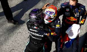 """Mercedes diz que só desempenho não é garantia de título em """"clássico"""" 2021"""