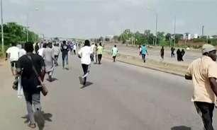 Atiradores matam ao menos 30 pessoas no norte da Nigéria