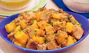 Cozido de porco com abóbora delicioso
