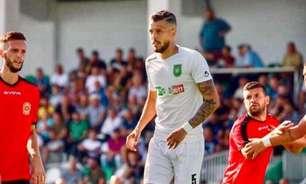 Zagueiro fala sobre futebol na Costa Rica e afirma: 'Tem potencial para evoluir muito'