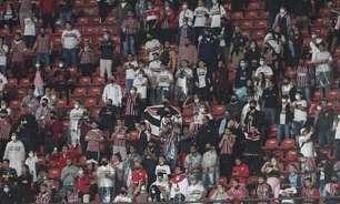 'Toca no Calleri que é gol': torcida do São Paulo transforma Morumbi em caldeirão no Majestoso