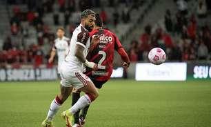 Gabigol iguala maior jejum de gols pelo Flamengo e preocupa ao sair de campo com dores