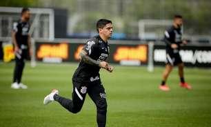 Fagner celebra 'semana cheia' no Corinthians antes de enfrentar o Inter: 'Todos inteiros para domingo'