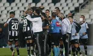 Bastidores: tom por protesto já existia no Botafogo, mas elenco quis focar e confirmar apenas após vitória