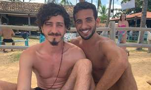 Namorado de ator da Globo foi quem organizou beijaço gay