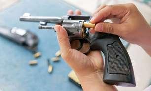 Alec Baldwin: o que são os revólveres cenográficos como o disparado por ator e por que eles são perigosos?