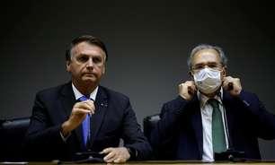"""""""Não faremos nenhuma aventura"""", pontua Bolsonaro em coletiva"""