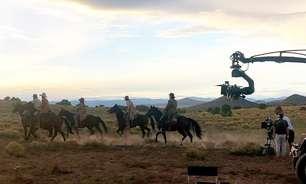 """Mulher morre em filmagem de western com astro de """"Supernatural"""""""