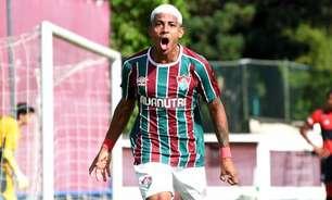 'Carrasco' do Flamengo na base, John Kennedy tem chance no clássico em busca de afirmação no Fluminense