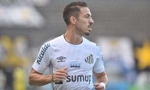 Após derrota, torcedores do Santos ficam na bronca com Carille e Jean Mota na web