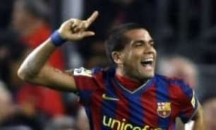 [VÍDEO]: Daniel Alves recorda e escolhe seu El Clásico favorito dos tempos de Barcelona