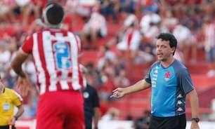 Diniz diz que Vasco não esteve bem e lamenta gols do Náutico em jogadas aéreas: 'Nos custou os três pontos'