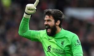 Alisson celebra goleada do Liverpool sobre o Manchester United: 'Ficará marcado para sempre na história'