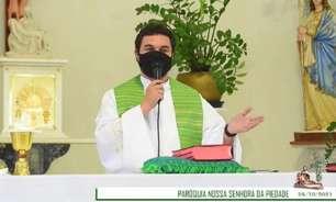 VÍDEO: Padre palmeirense viraliza ao 'pedir para Jesus' título Mundial e da Libertadores: 'Em 1951 eu não era nascido'