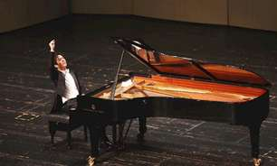 Pianista é preso sob acusações de prostituição na China