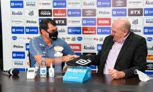 Rueda faz reunião no CT, e elenco do Santos passa confiança no técnico Fábio Carille