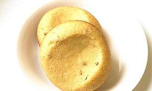 Prepare biscoitinhos amanteigados de fubá com as crianças