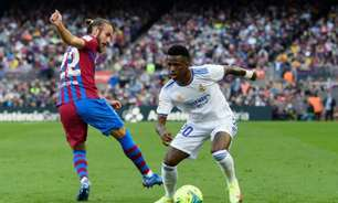 Técnico do Osasuna, adversário do Real Madrid, elogia Vini Jr.