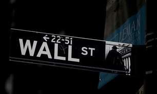 Nasdaq fecha estável, ações cíclicas pesam sobre S&P 500