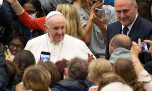Papa Francisco toma 3ª dose de vacina anti-Covid