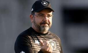 Enderson Moreira admite jogo abaixo do Botafogo mas enaltece empate: 'Um ponto em confronto direto'