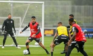 Em novo passo de recuperação, Roni volta a treinar com o grupo e fica mais perto de reforçar o Corinthians