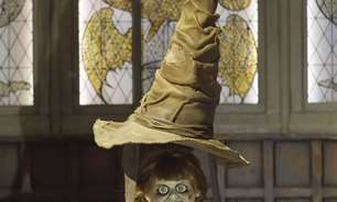"Annabelle visita cenários de ""Friends"", ""Batman"" e ""Harry Potter"" em vídeo de Halloween"