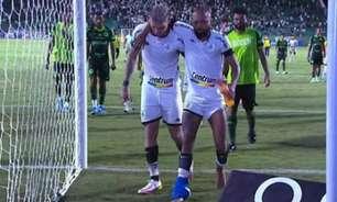 Após carrinho, Chay é substituído às lágrimas; meia do Botafogo deixa gramado carregado por Navarro