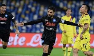 Napoli vence o Bologna e volta à liderança do Italiano