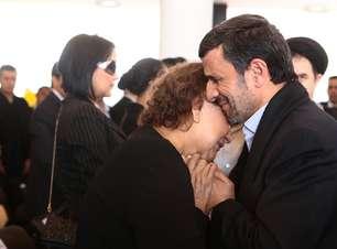 Religioso acusa Ahmadinejad de heresia por comentários sobre Chávez