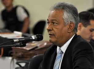 Depoimento de delegado em julgamento de Bola termina após 15 horas