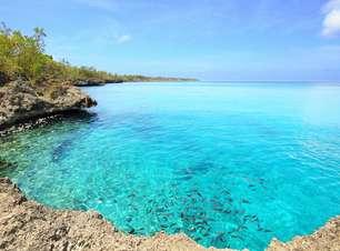 """Caribe colombiano reúne praias paradisíacas e """"mar de sete cores"""""""