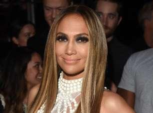 """""""Cheiros criam memórias"""", diz Jennifer Lopez sobre perfumes"""