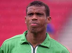 Nigeriano nega culpa dos jogadores e fama de mercenários