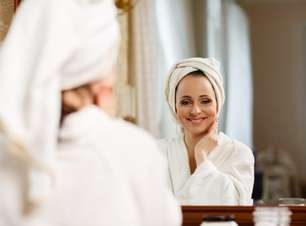 De chá a aveia: produtos caseiros garantem a beleza da pele