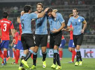 Jovem substitui corintiano e lidera vitória uruguaia na Ásia